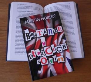 Foto knihy Británie v útržcích novin